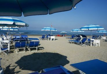 Tariffe e offerte bagno adua stabilimento balneare a - Bagno adua marina di pietrasanta ...